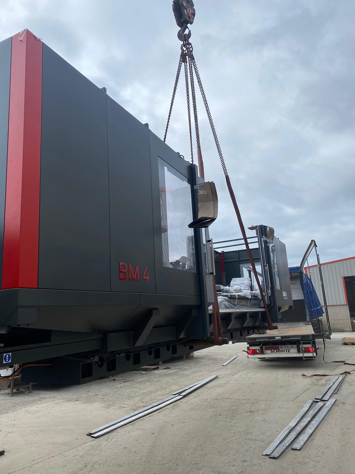 New Lagun BM 4 delivery by TDT Machine Tools